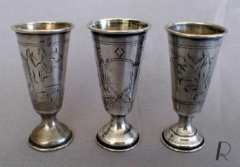 Set of 3 Silver stemmed goblets